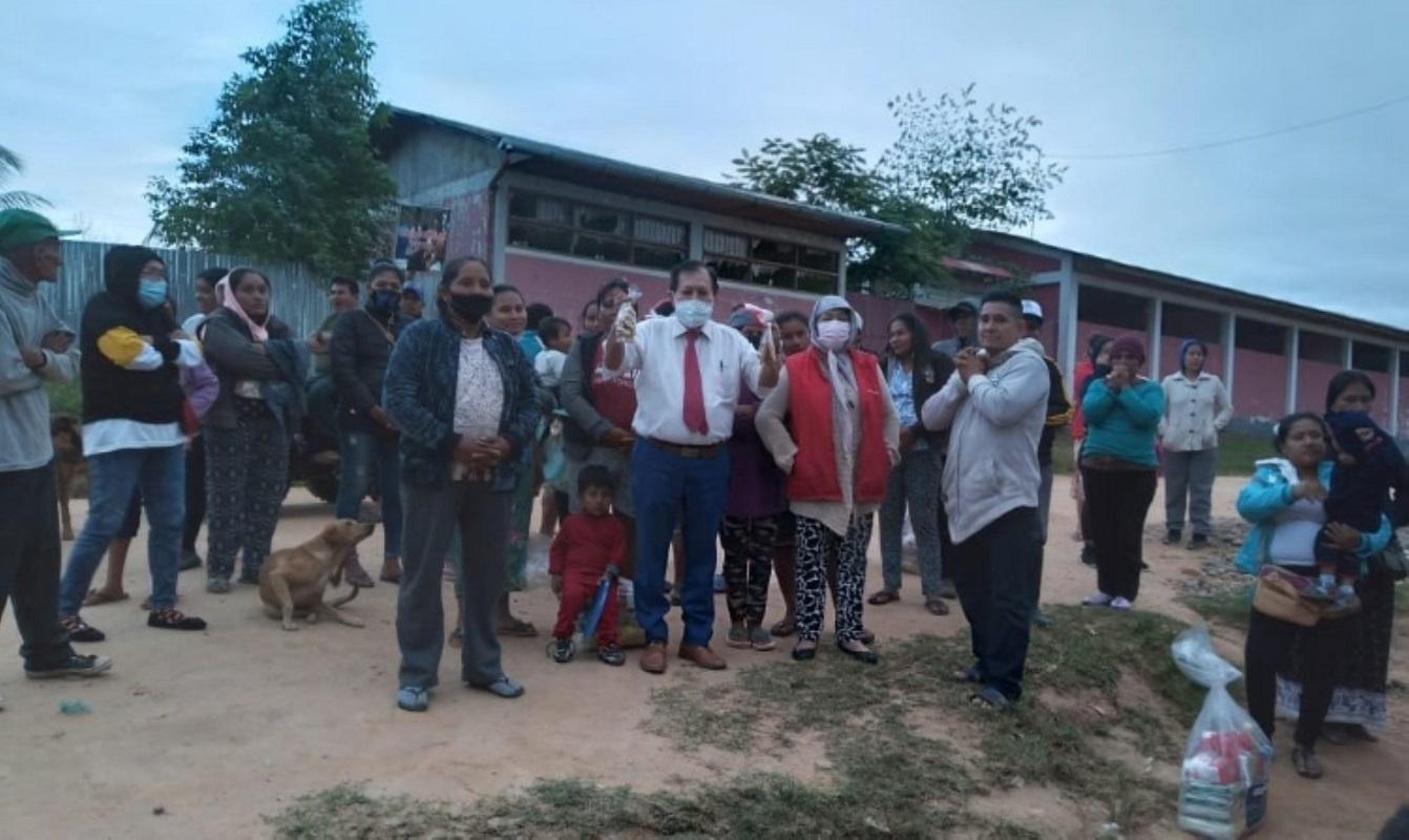 Iglesia de Jesucristo dona alimentos a centro poblado Nueva Esperanza de Panaillo en Pucallpa.