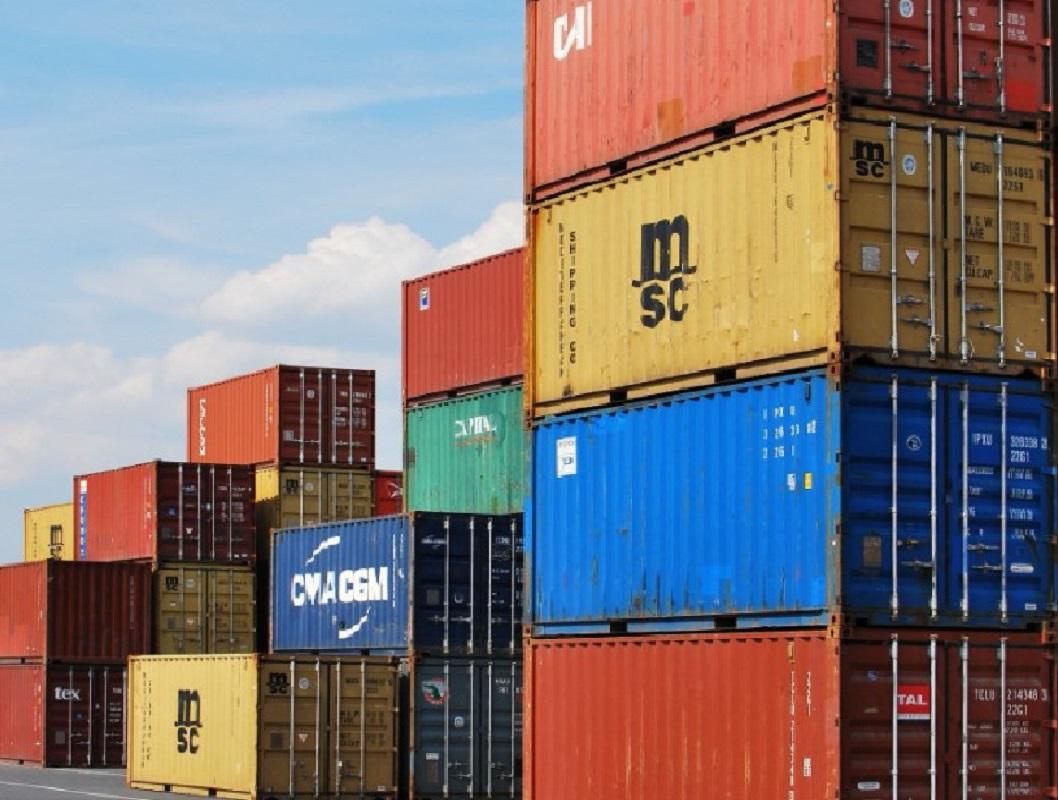 Urge diversificar el aparato productivo en el Perú. de enero a mayo 47.9% (2 mil 699) exportó un solo producto.