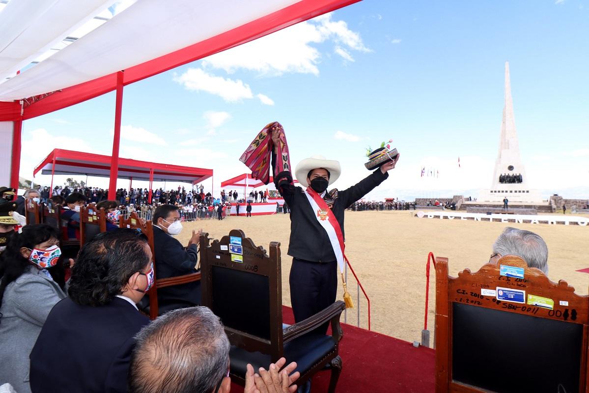 """En Juramentación simbólica desde Ayacucho, Pedro Castillo """"ha llegado el momento de la gran unidad""""."""