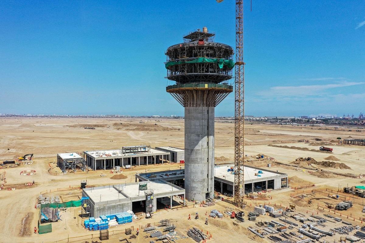 Con un 50% de avance la nueva torre de control del Aeropuerto Internacional Jorge Chávez de Lima.