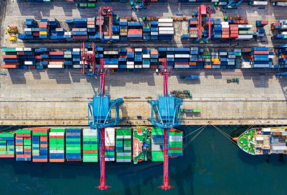 Erik Fischer, próximo gobierno debe apoyar con medidas claras a los exportadores nacionales y a los inversionistas.