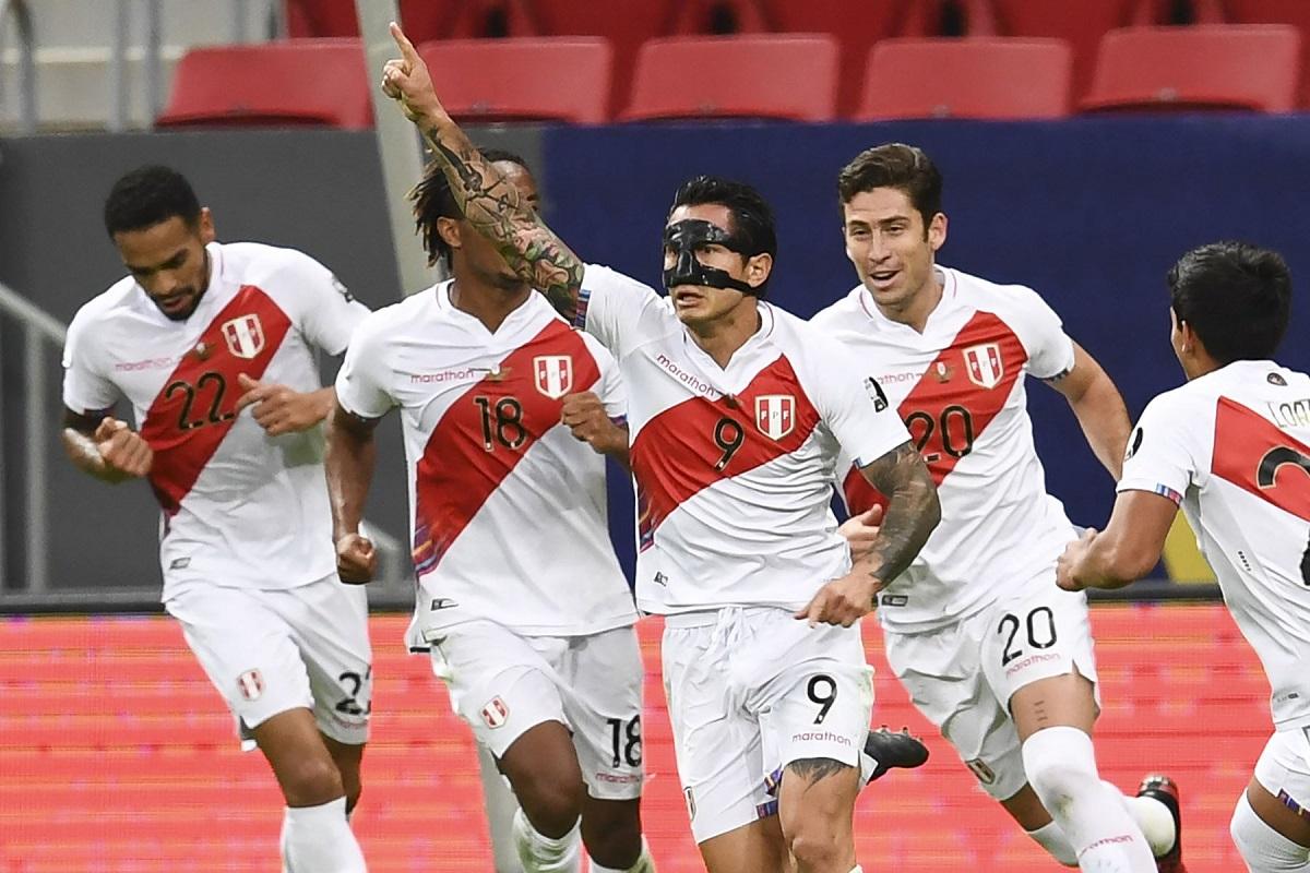 Perú se quedó sin subir al podio de la Copa América al perder 3 a 2 ante Colombia y queda en el cuarto lugar.