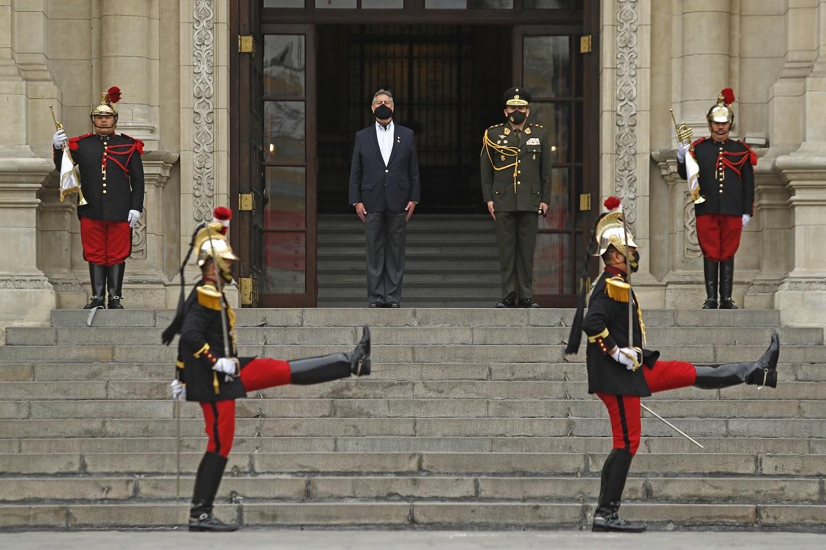 El último Cambio de guardia del presidente Francisco Sagasti, antes de entregar el mando a su sucesor.