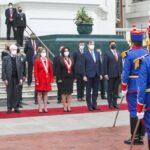 Presidenta del parlamento peruano lideró conmemoración del bicentenario de la Cancillería y el Día del Diplomático.