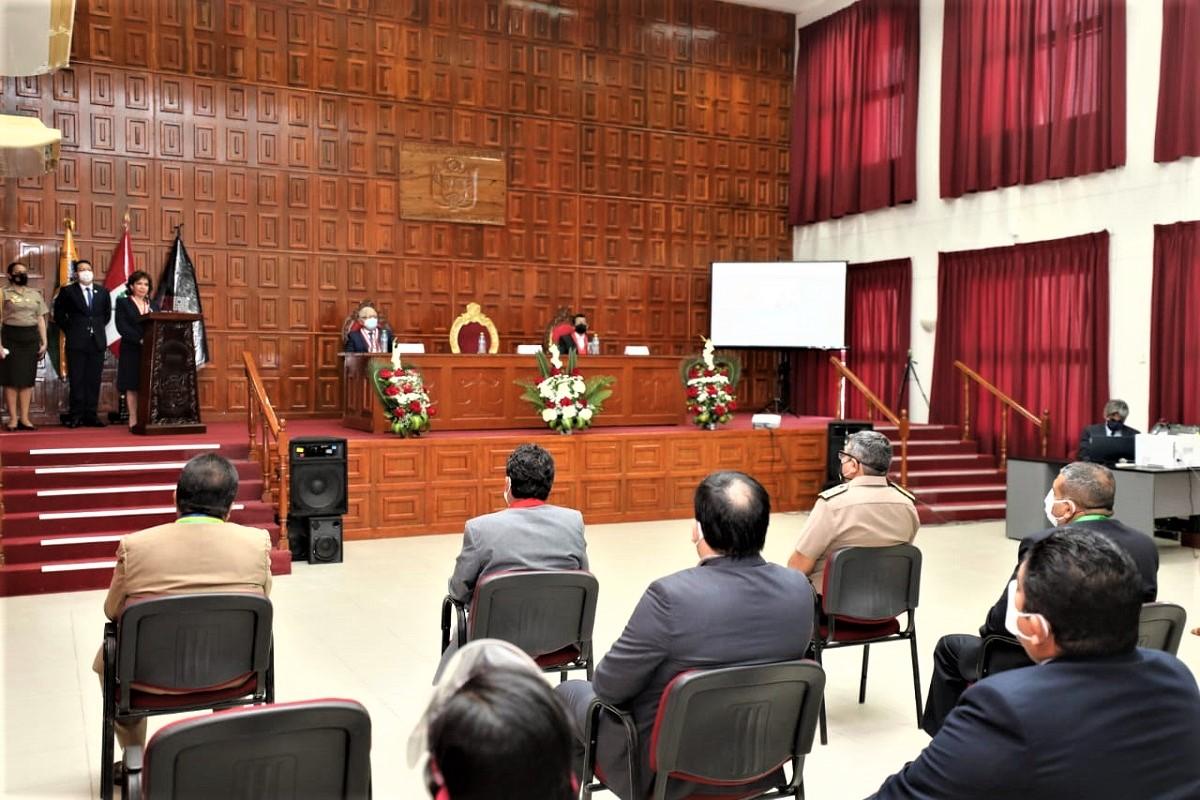 Titular del Poder Judicial Elvia Barrios, inaugura sistema de oralidad en la Corte Superior de Tumbes.