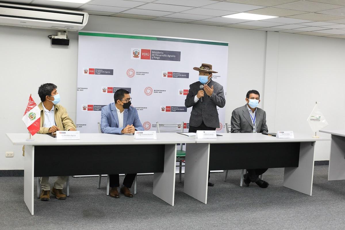 MIDAGRI y APPCACAO firman convenio para fortalecer trabajo de gremio nacional de cacao.