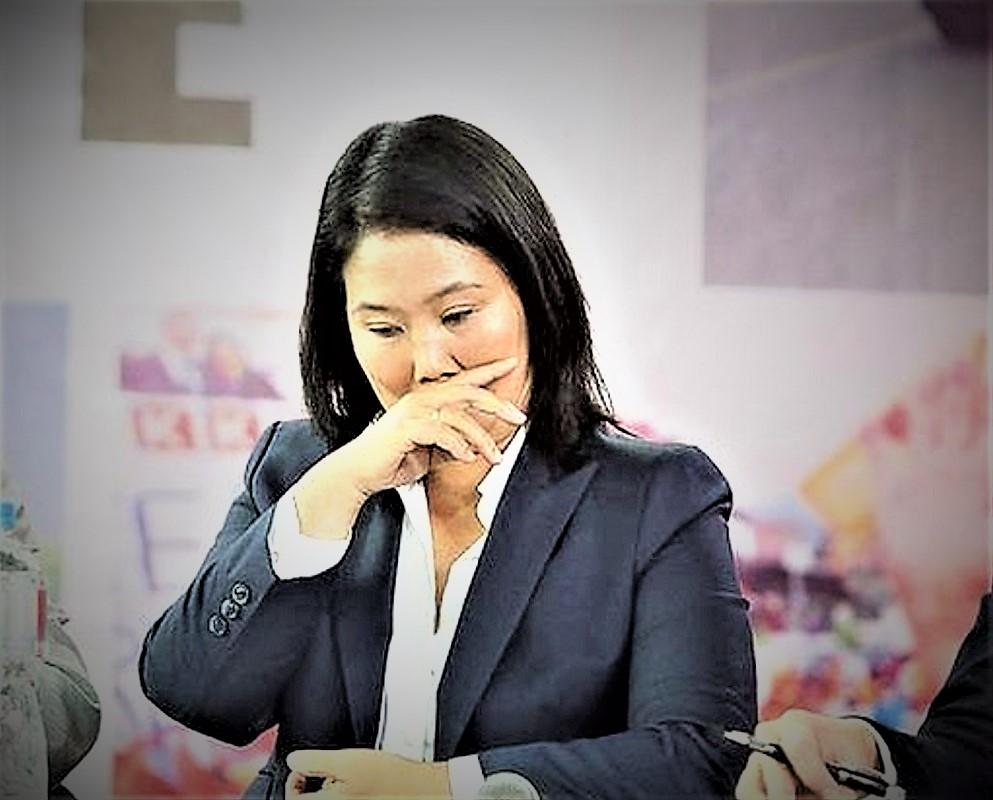 """Desde hoy Keiko Fujimori tendrá que enfrentar al largo brazo de la justicia en el caso """"cócteles"""" por los delitos de lavado de activos y organización criminal."""