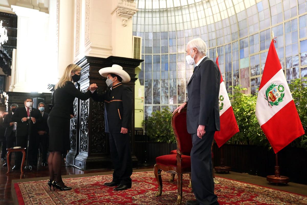 Presidente Castillo recibe saludo del Cuerpo Diplomático acreditado en el Perú y reitera trabajar por una agenda social.