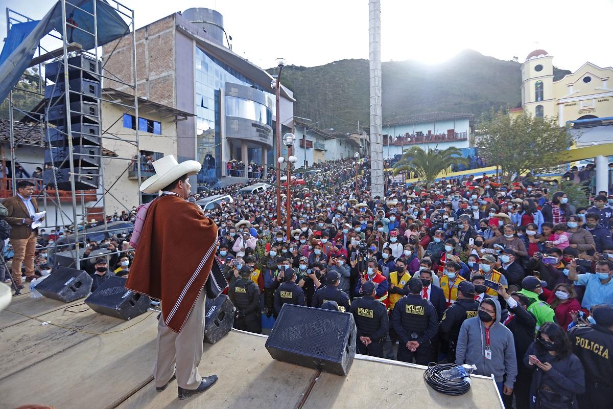 Carretera Guineamayo - La Palma, reinician labores de mejoramiento que beneficiará a más de 20 mil habitantes indicó Jefe de Estado.