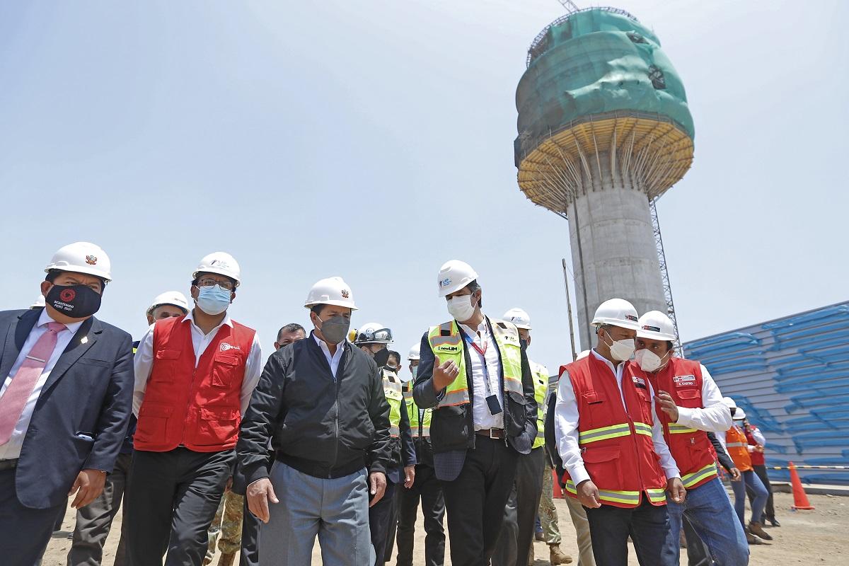 Pedro Castillo, nuevo terminal del Aeropuerto Internacional Jorge Chávez, generará más de 3000 puestos de trabajo.