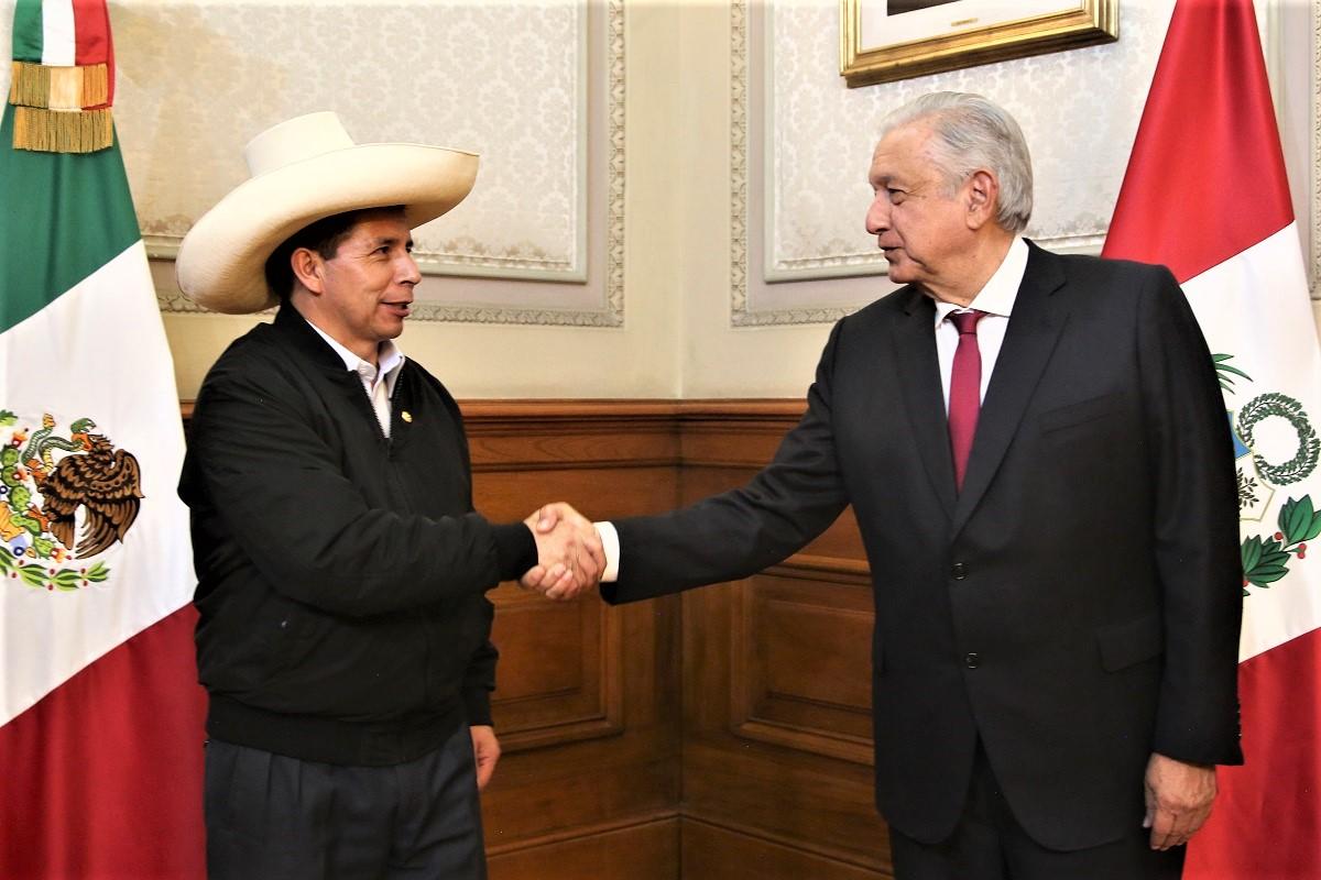 Andrés Manuel López Obrador AMLO, se reunió con Pedro Castillo y otros gobernantes del continente.