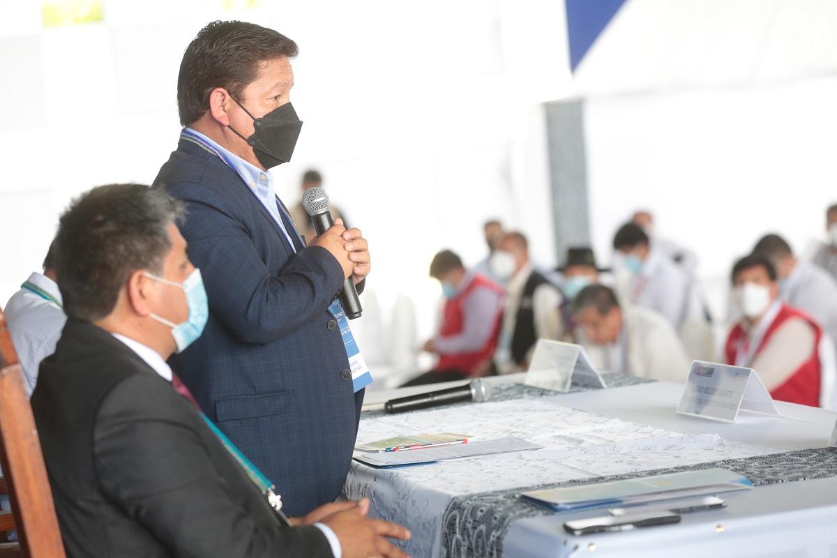 15° GORE en Iquitos, premier Bellido, anuncia que el gobierno avanzará la descentralización económica, fiscal y tributaria.