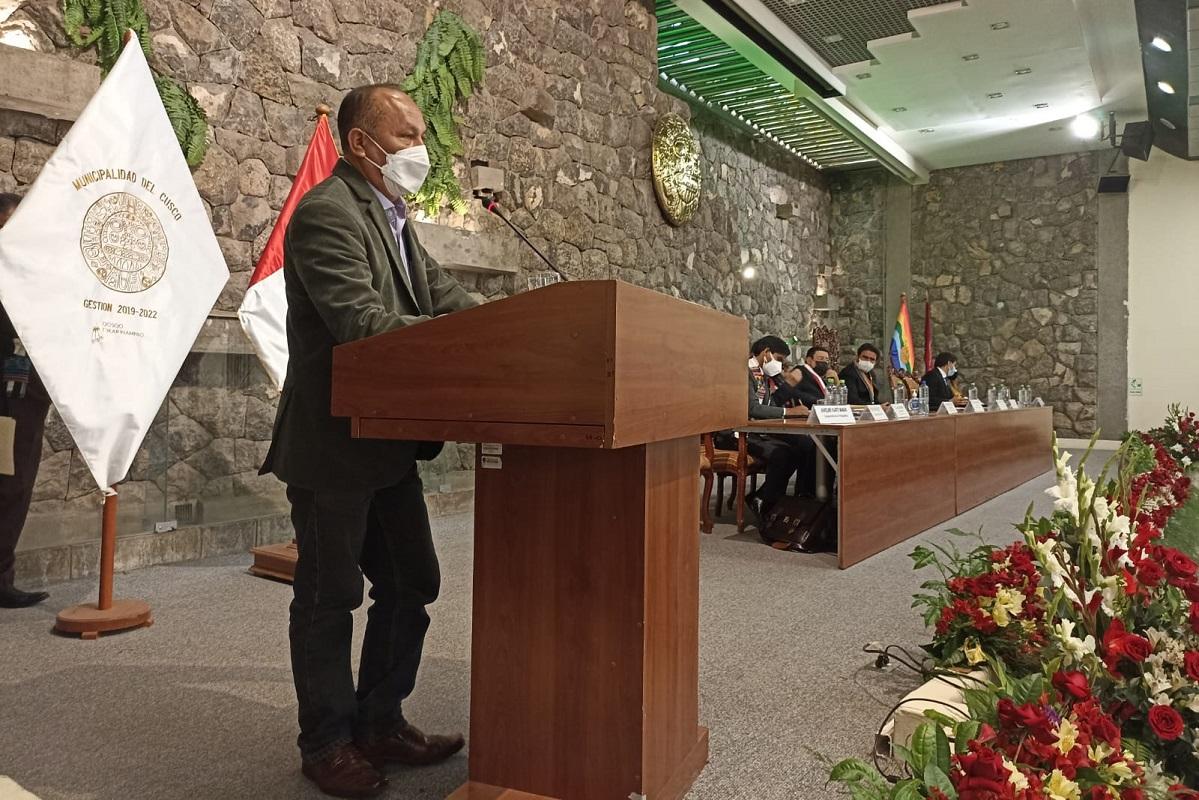 Ministro MTC destaca inversión en la conectividad terrestre y digital en Cusco, durante audiencia descentralizada del Congreso.