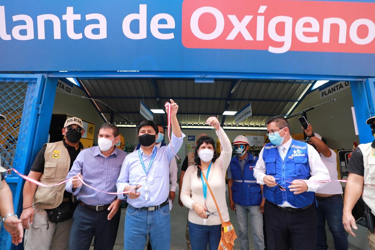 Más de 55 mil asegurados del Hospital Selva Central y Enfermedades Tropicales se beneficiarán con dos nuevas plantas de oxígeno.