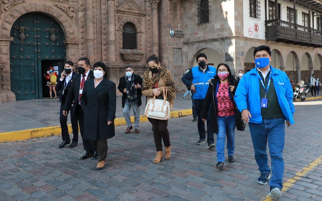 INCOR de EsSalud empezará a operar complejas cirugías en Cusco dichos servicios se extenderán a las 25 regiones del país.