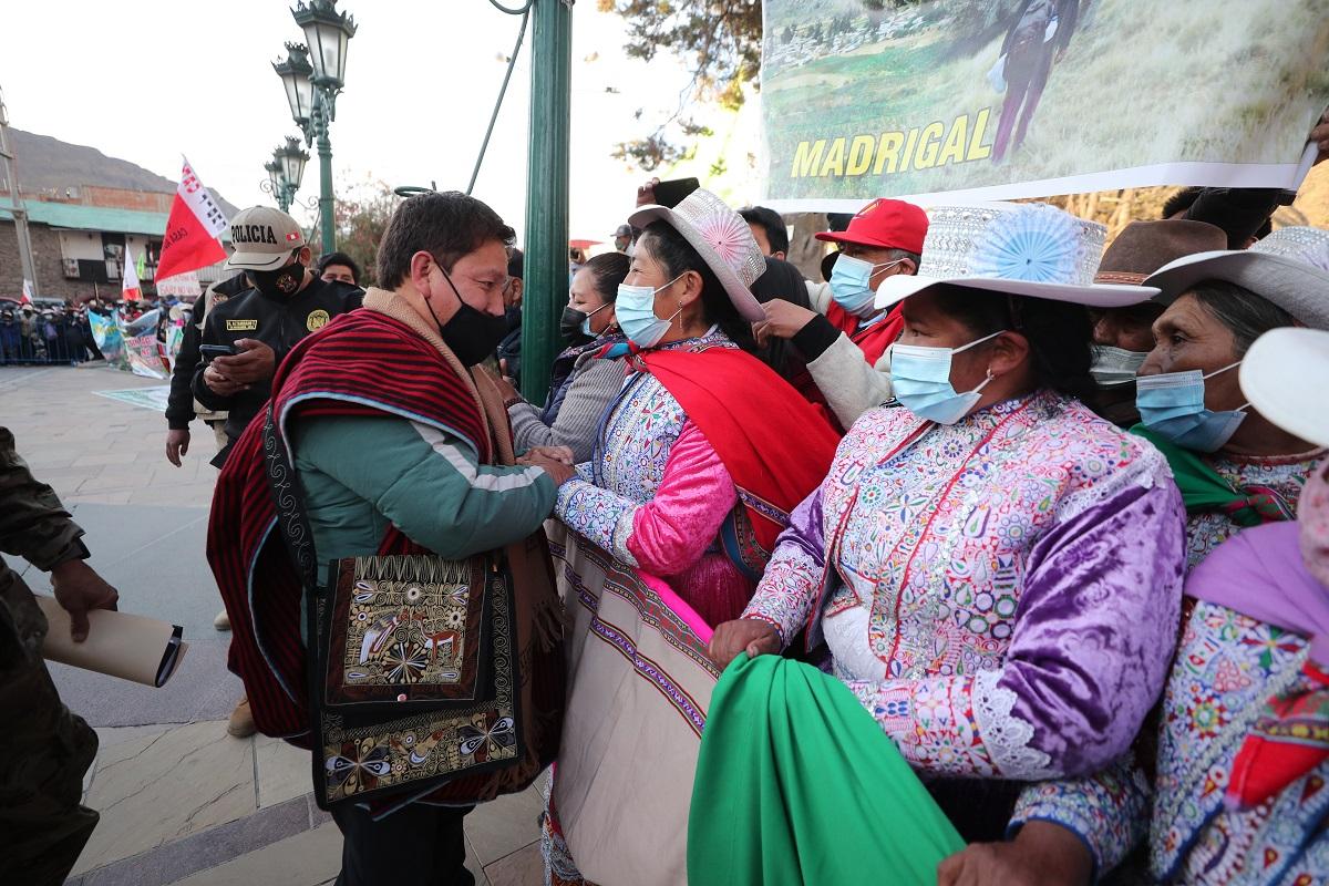 Se reinstaló la mesa de dialogó con las autoridades locales y de las comunidades originarias de Espinar en el Cusco.