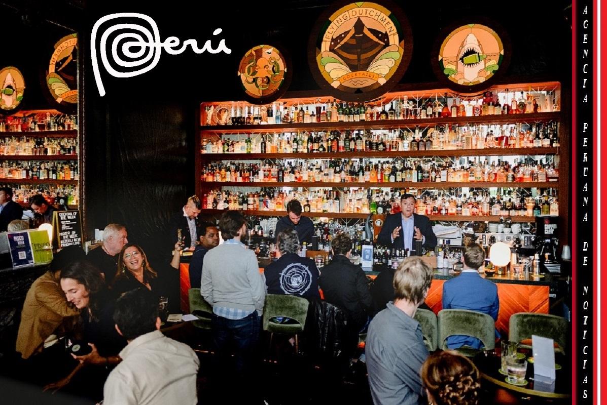Nuestra bebida bandera el Pisco está presente todo setiembre en los bares más emblemáticos de los países bajos.