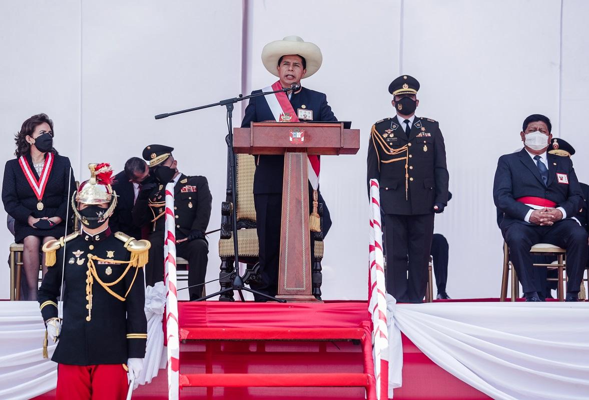 En el Día de las FF.AA. ustedes son garantía de la defensa del país dentro del orden democrático, sostuvo mandatario Pedro Castillo.