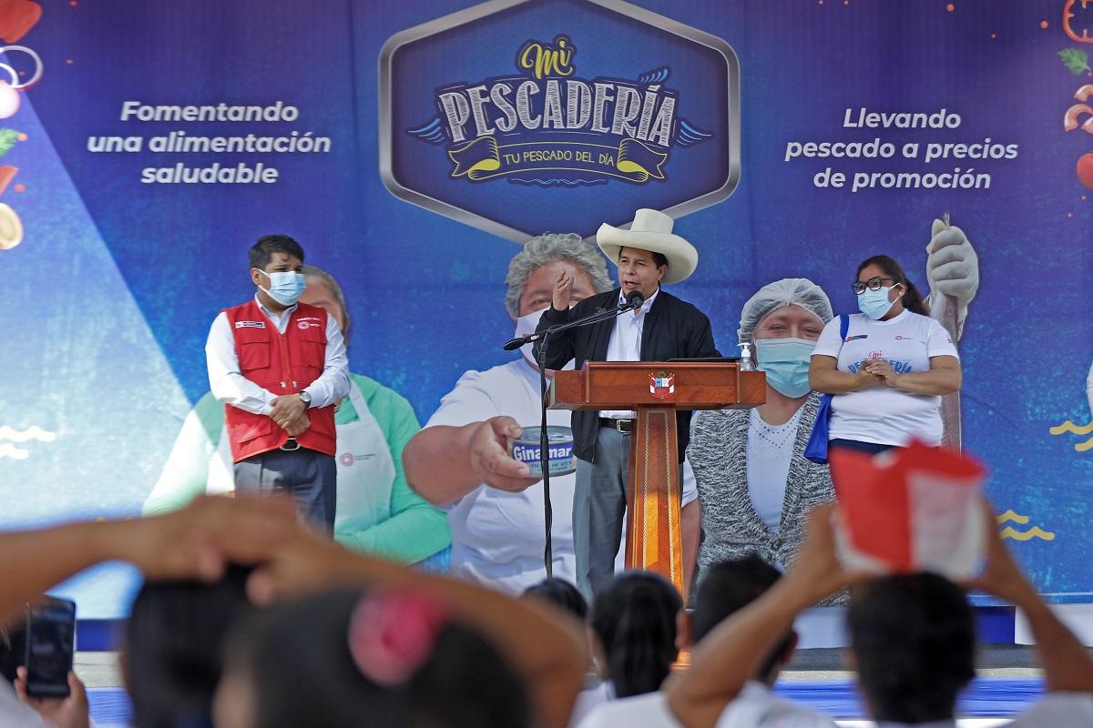 Pedro Castillo, el Gobierno luchará para que el gas llegue a todos los peruanos, también la salud y el agua como un derecho.