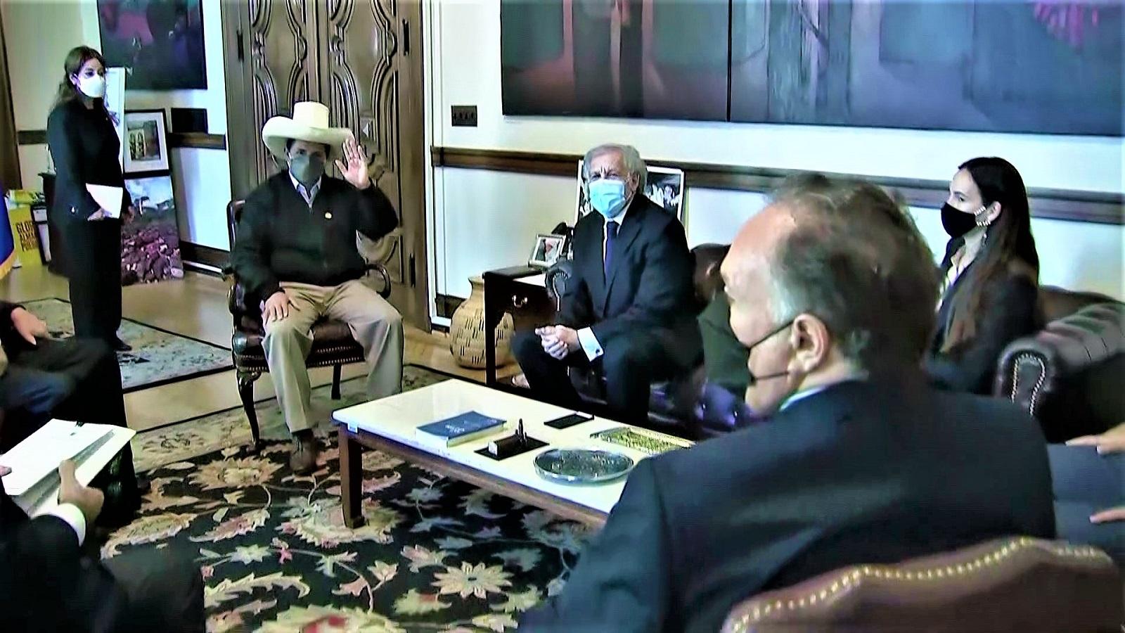 Jefe de Estado de Perú y secretario general de la OEA sostuvieron encuentro en Washington D.C.