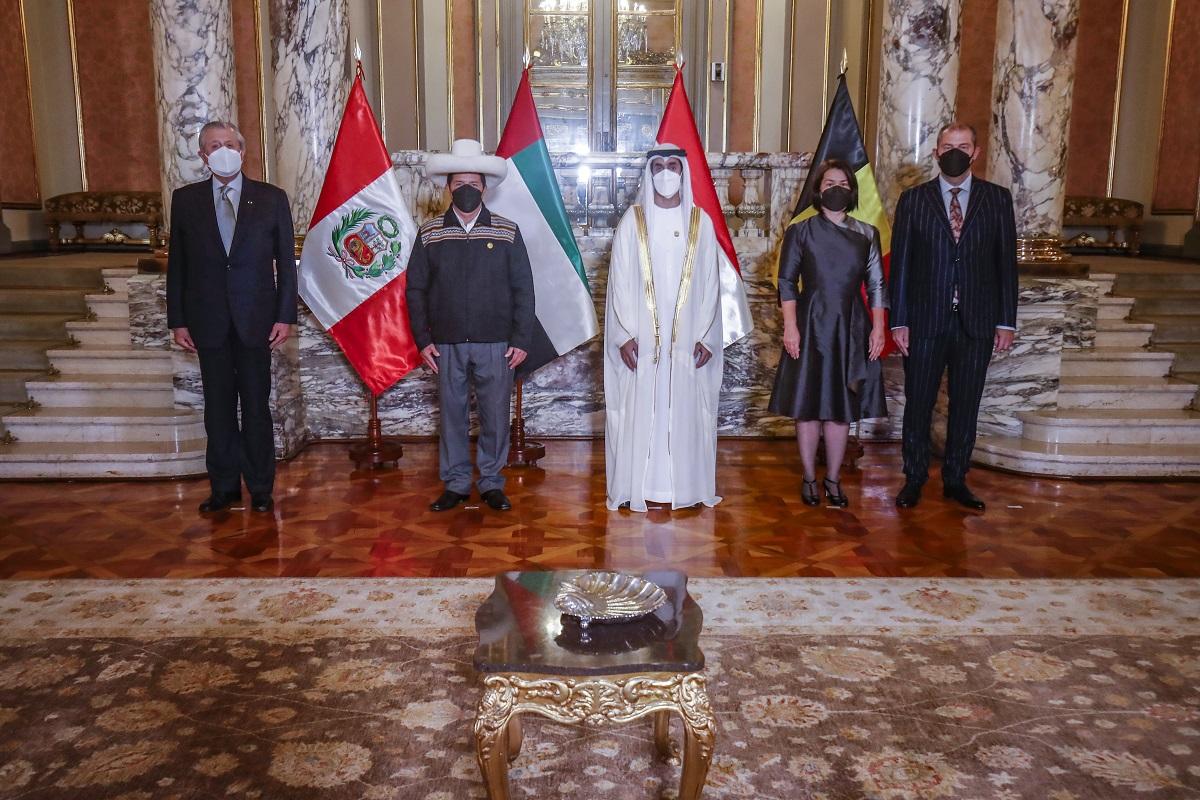 Seis diplomáticos presentaron sus cartas credenciales como embajadores al jefe de Estado de Perú Pedro Castillo.