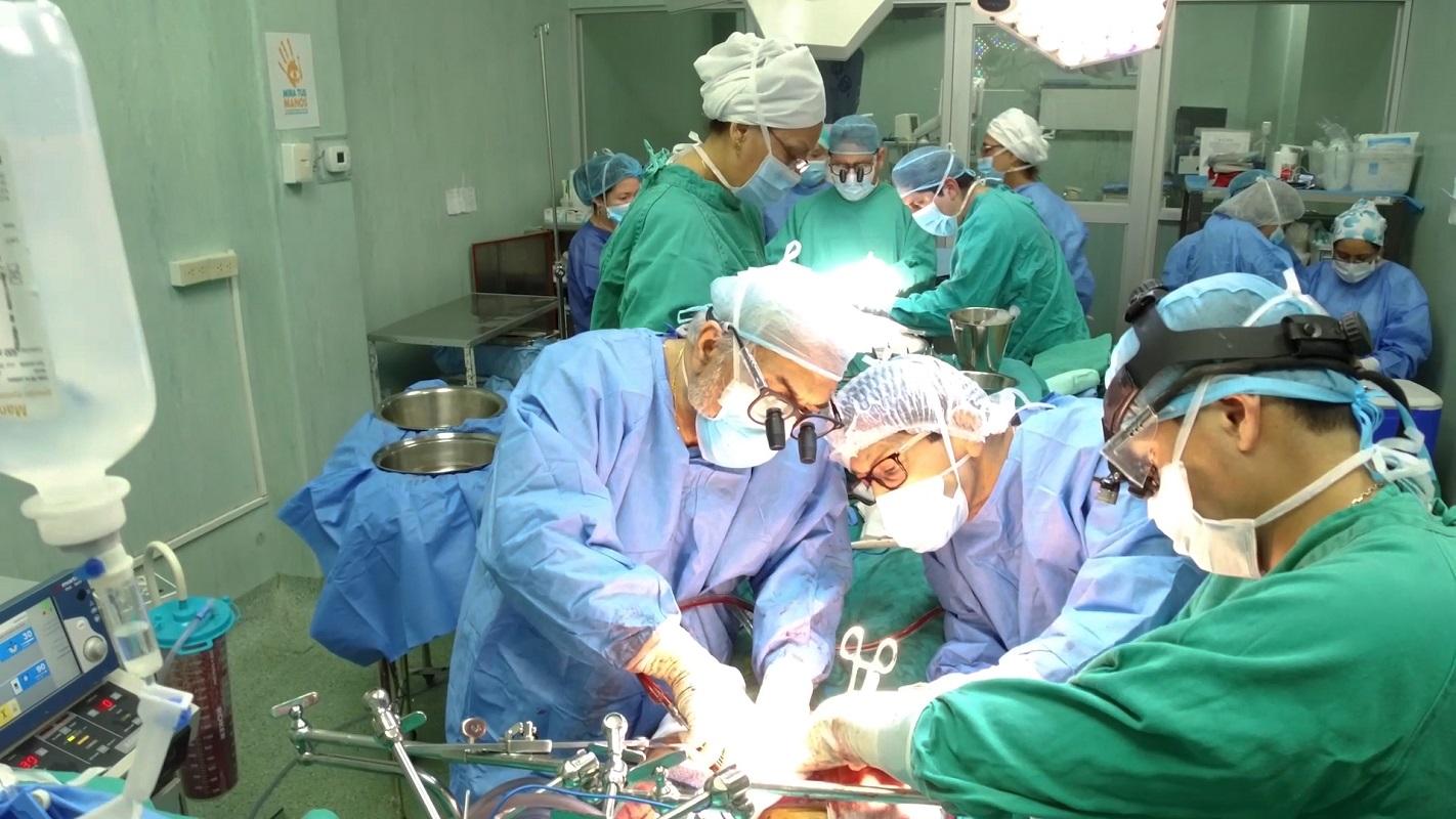 EsSalud reporta que en etapa de pandemia, se presentan al día 30 pacientes adultos mayores con fractura de cadera.