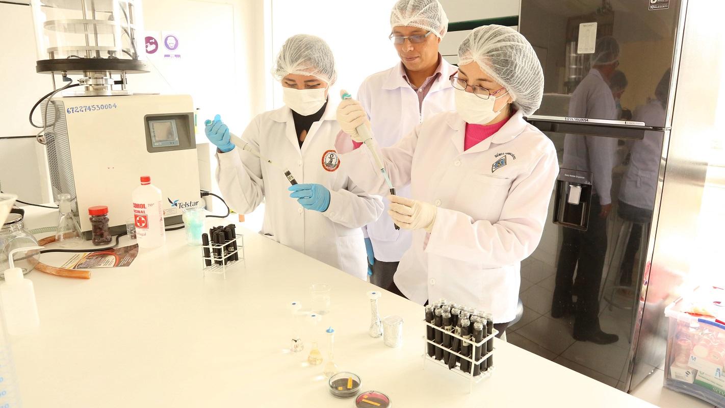 Prociencia lanza oficialmente el concurso de fortalecimiento y modernización de laboratorios a nivel nacional.