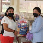 Estudiantes de escasos recursos de la Universidad de la Amazonia reciben seis toneladas de alimentos de la iglesia de Jesucristo.