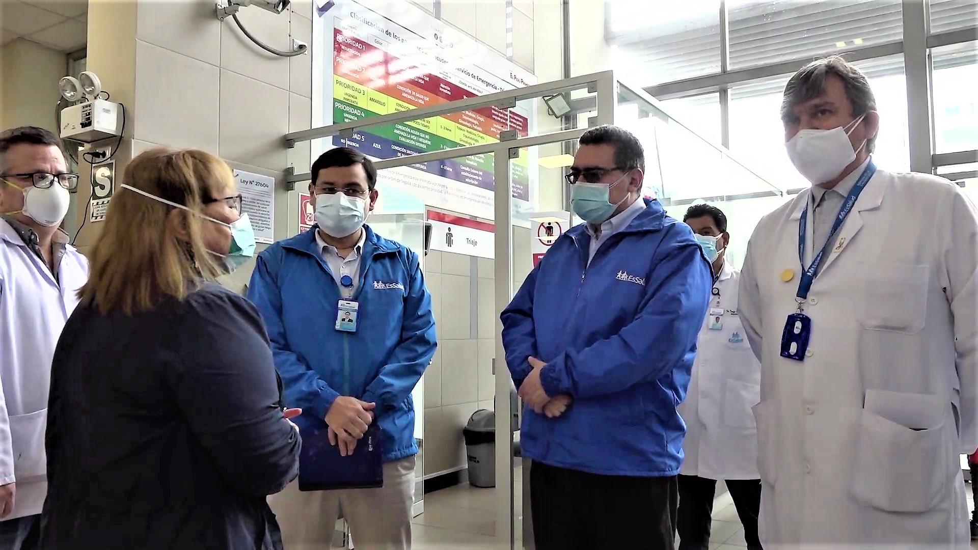 Plan de desembalse con cero pacientes en pasillos y lucha contra el cáncer en primer nivel de atención de EsSalud se inicia en el país.