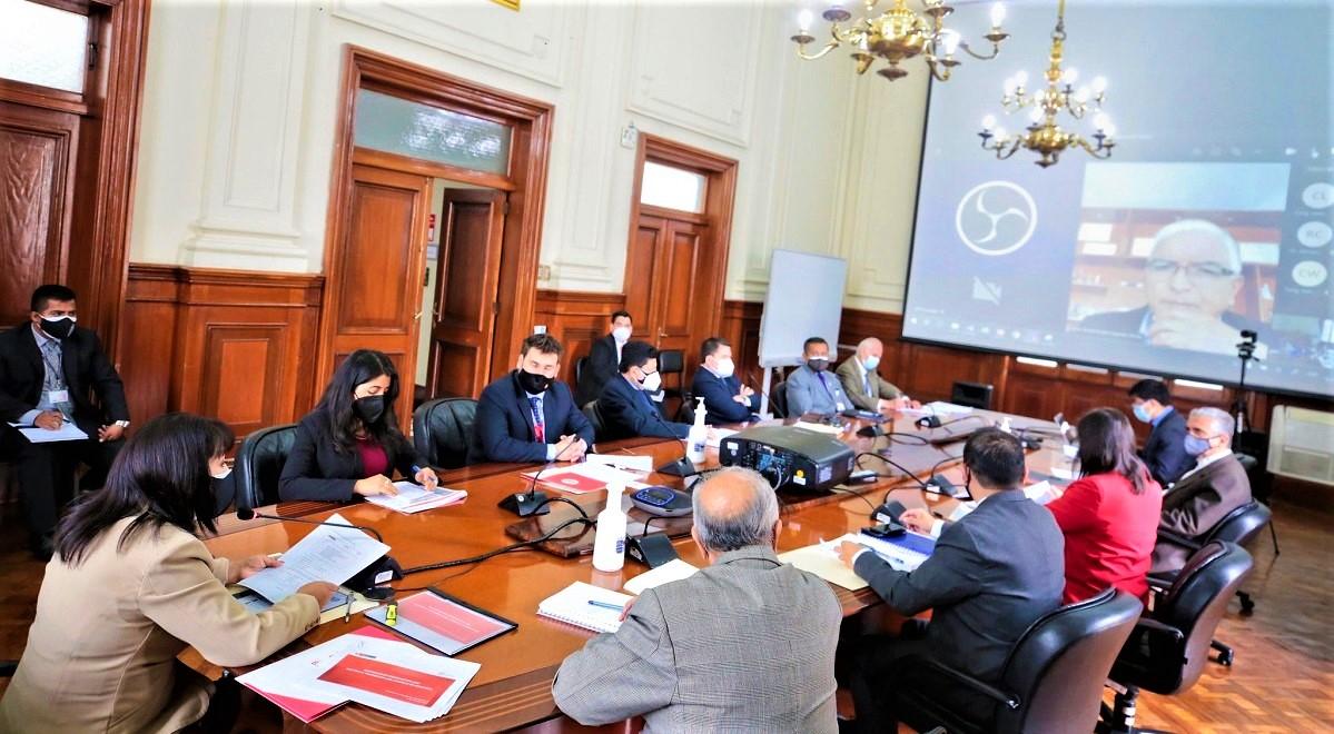 Premier Mirtha Vásquez, sustentó ante comisión del Congreso el presupuesto 2022 de su sector que presenta un 3% de incremento.